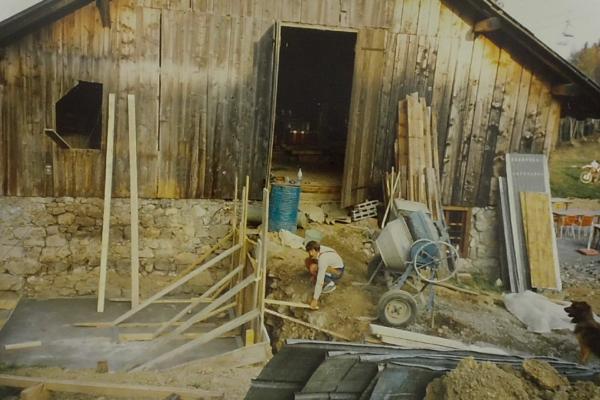 1987 - Construction dalle sanitaire